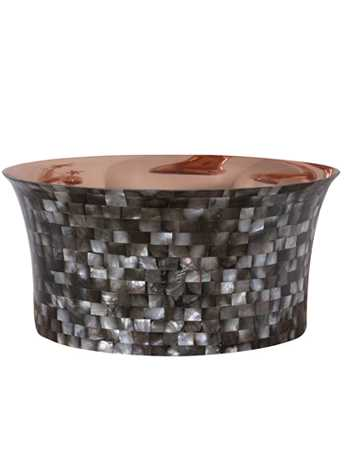 Tub copper wash basin with dark mother of pearl exterior