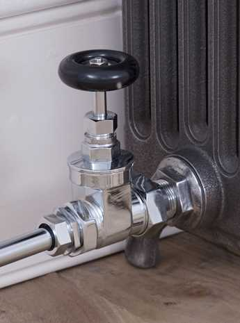 Newton manual radiator valve chrome