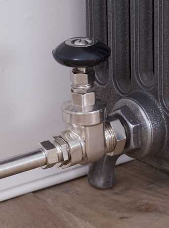 Whitworth manual radiator valve satin nickel